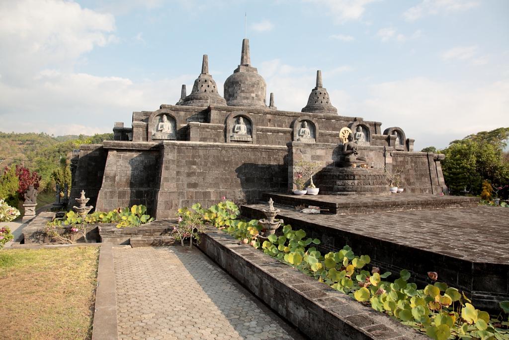Brahma Vihara Arama (Buddhist monastery)