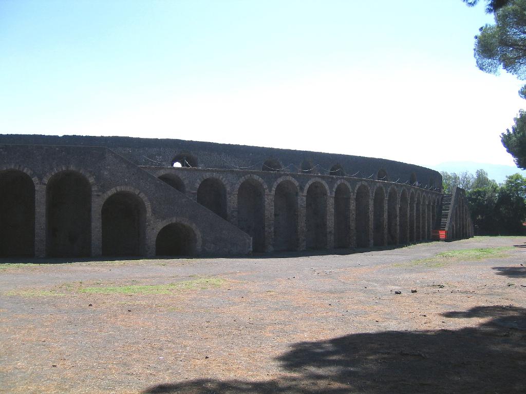 Pompeje amfiteatr (2003)